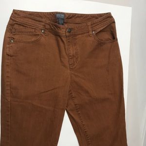 Additions Chico's Knee-Length Shorts women's Sz. 1